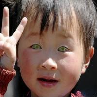 El niño chino que puede ver en la oscuridad O.O