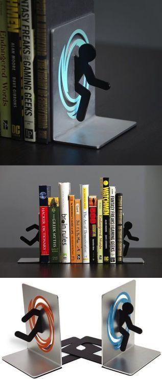 Portal-Bookends