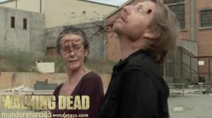 The Walking Dead 3x10 home Carol Axel headshot 07