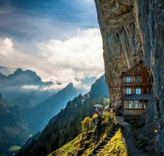 13 - Beautiful-house-in-a-Beautiful-area