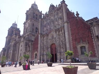 Fachada de la Catedral Metropolitana de la Ciudad de México